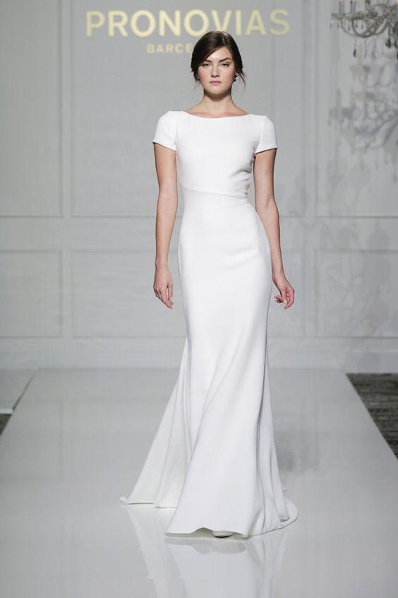 41 Edgy Modern Wedding Ideas You Ll Love Sheath Short Sleeve Simple Dress For A Minimalist Bride