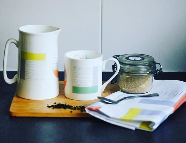 regram @aliceshieldsuk Lots of mugs jugs and tea towels heading their way to new stockist @orielplasglynyweddw this week incl the new #Collagerange. Spring is on its way chaps!  #contemporaryceramics #contemporarydesign #SS17 #SS7home #interiordesign #minimalistdesign #abstractdesign #modernhome #springhome #houseandgarden #scandinaviandesign #scandinavianstyle #aliceshields