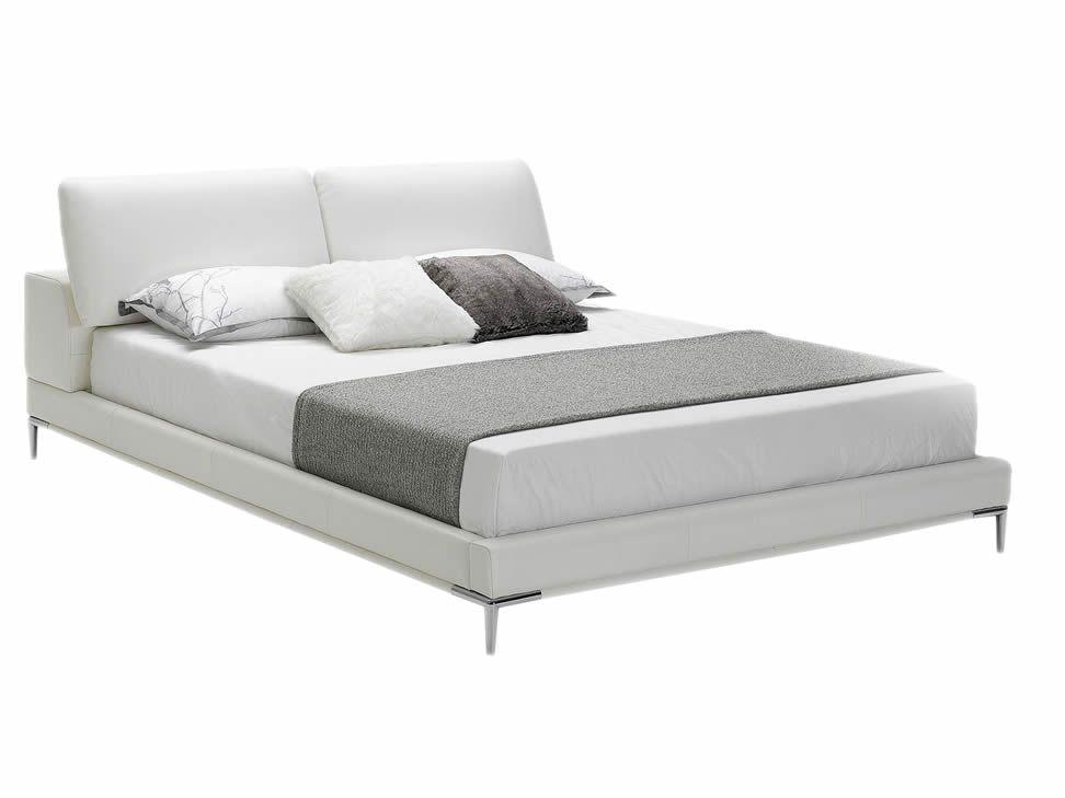Cama King Size Contemporánea Blanco Carmine-Liverpool es parte de MI ...
