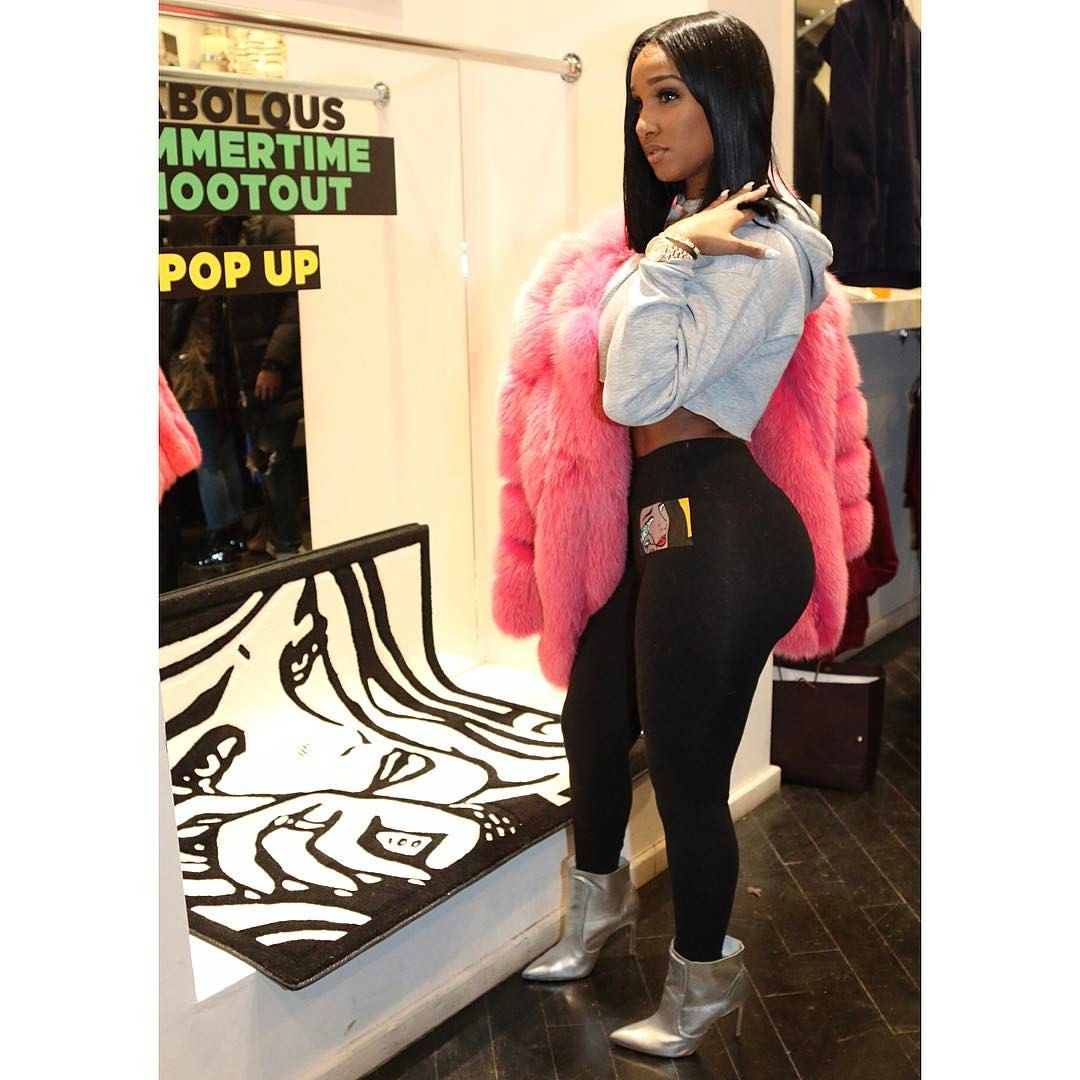 """39.8k Likes, 251 Comments - www.bold-beautiful.com (@realberniceburgos) on Instagram: """"This is one of the new favorites from @shopboldandbeautiful called """"Bubble Gum""""  I'm wearing a…"""""""