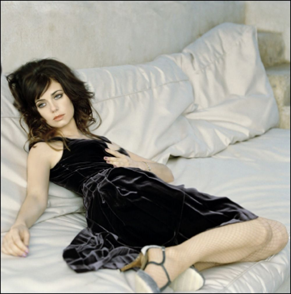 mia kirshner world