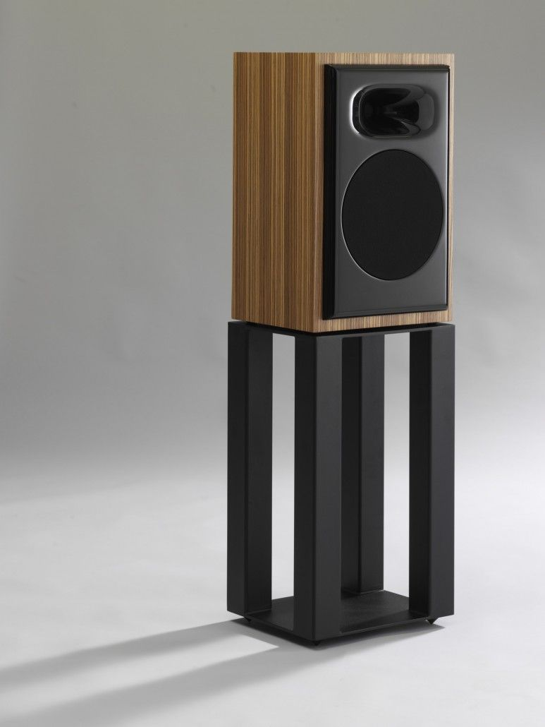 DIY Speaker Stands Ideas To Produce More Qualified Voice Tags Stand Wood