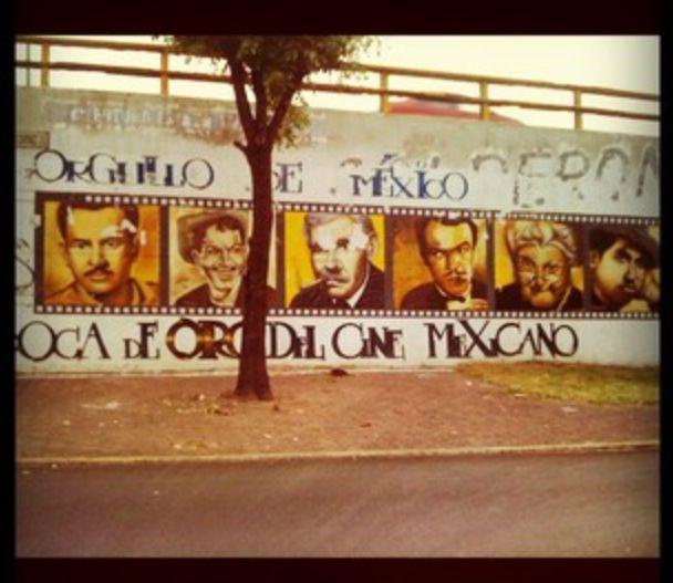 Mural De La Epoca De Oro Del Cine Mexicano Periferico Y Tlalpan Mexican Art Street Art Mexican Street