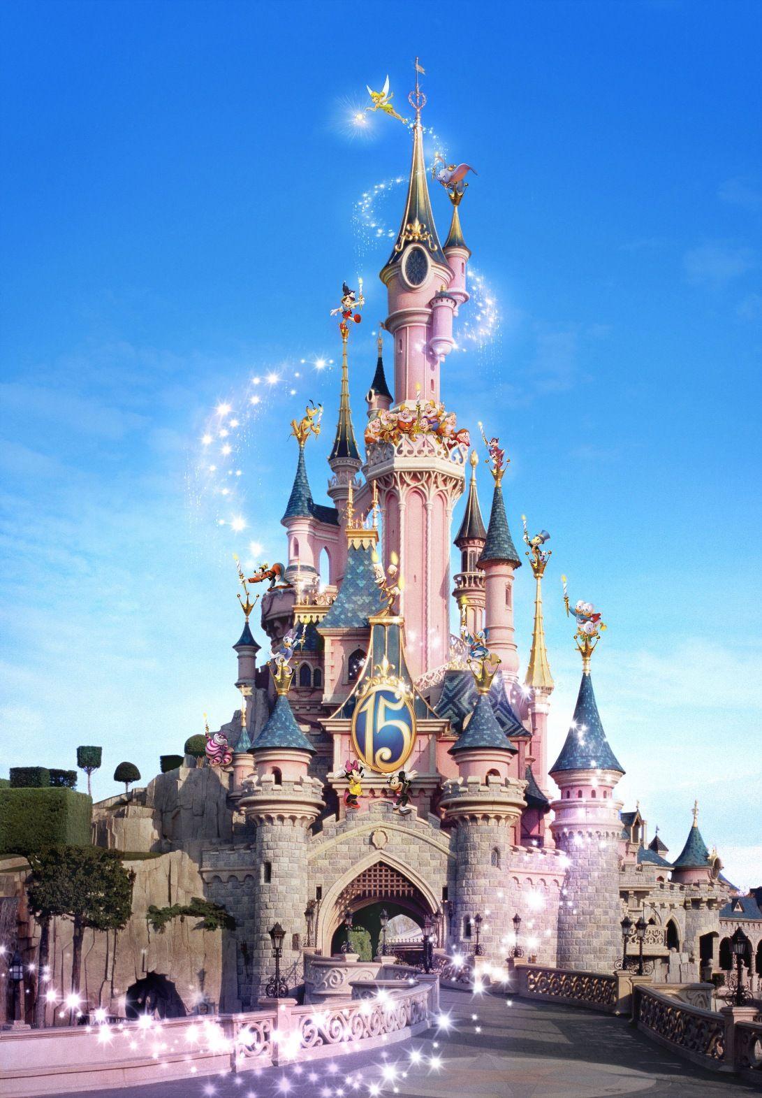 Le ch teau de disneyland paris disney et dessins anim s - Dessiner un chateau de princesse ...