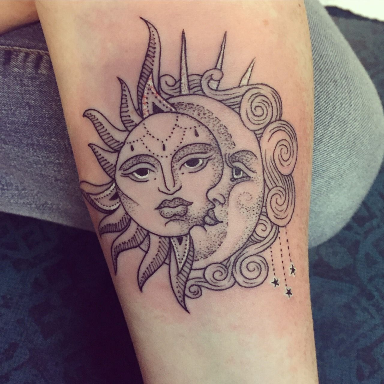 Sun And Moon One Of My Favorite Designs In Anything Sun Tattoo Designs Sun Tattoos Moon Tattoo