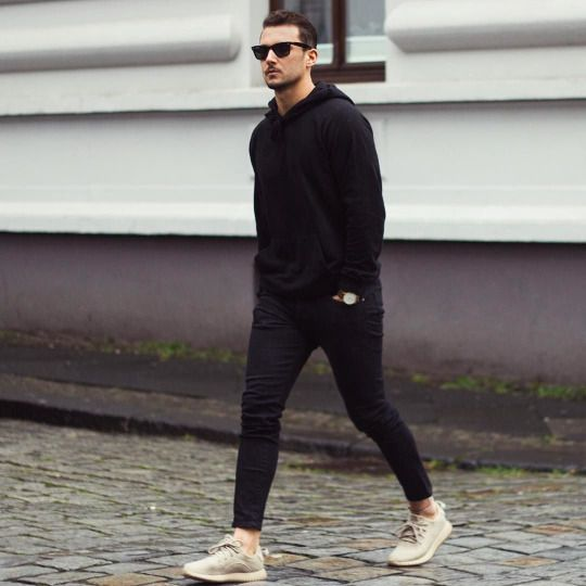 Blackk 😍 #mens #menswear #guys #style #stylish #fashion #outfit #clothing #apparel #accessories #streetstyle #streetfashion #mensstyle #mensstreetstyle #manstyle #mensfashion #men #man #street #casualstyle #casual