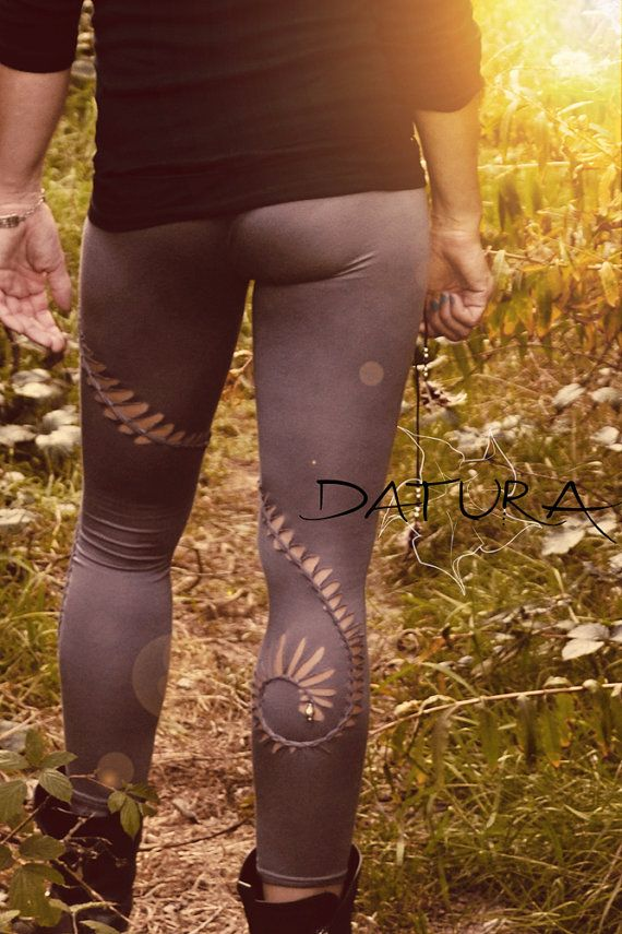 fc33b60b12a743 Nice and soft leggings hand braided in this lovely spiral design. The  leggings can be worn on bare skin or even on top of a contrasting colour