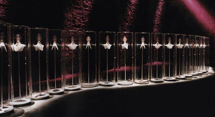 nouvelle vague sc nographie d 39 exposition paris 1999 client cartier international radi. Black Bedroom Furniture Sets. Home Design Ideas