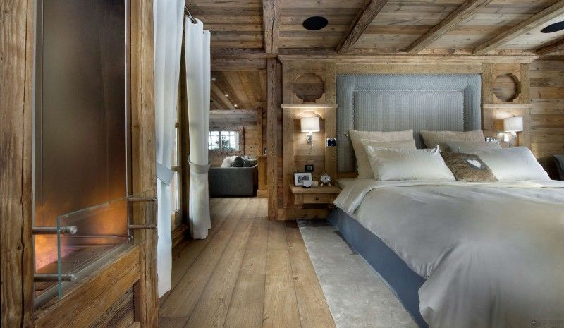 The Petit Chateau A Luxury Ski Chalet In Courchevel Rustic Bedroom Chalet Design Luxury Ski Chalet