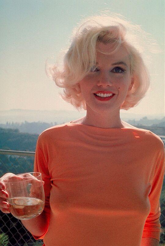 Marilyn Monroe photographed by George Barris, 1962