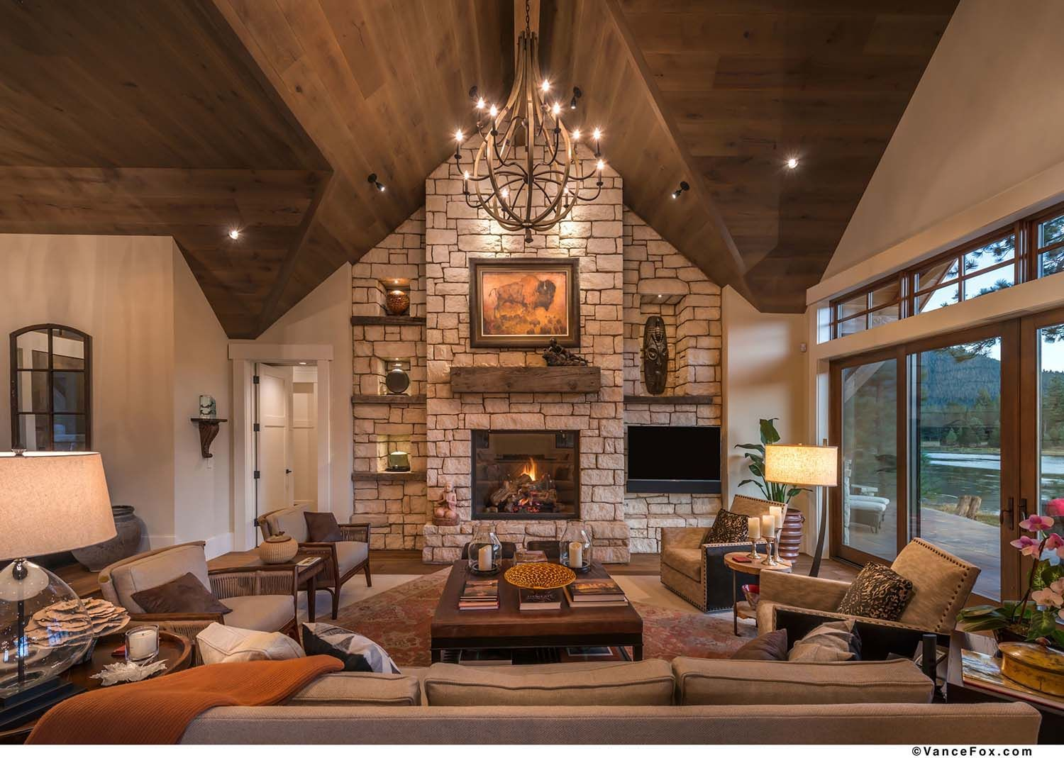 10+ Top Rustic Lake House Living Room