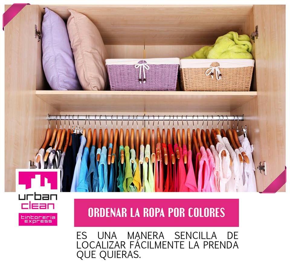 Ordenar la ropa por colores es una manera sencilla de - Ordenar armarios ropa ...