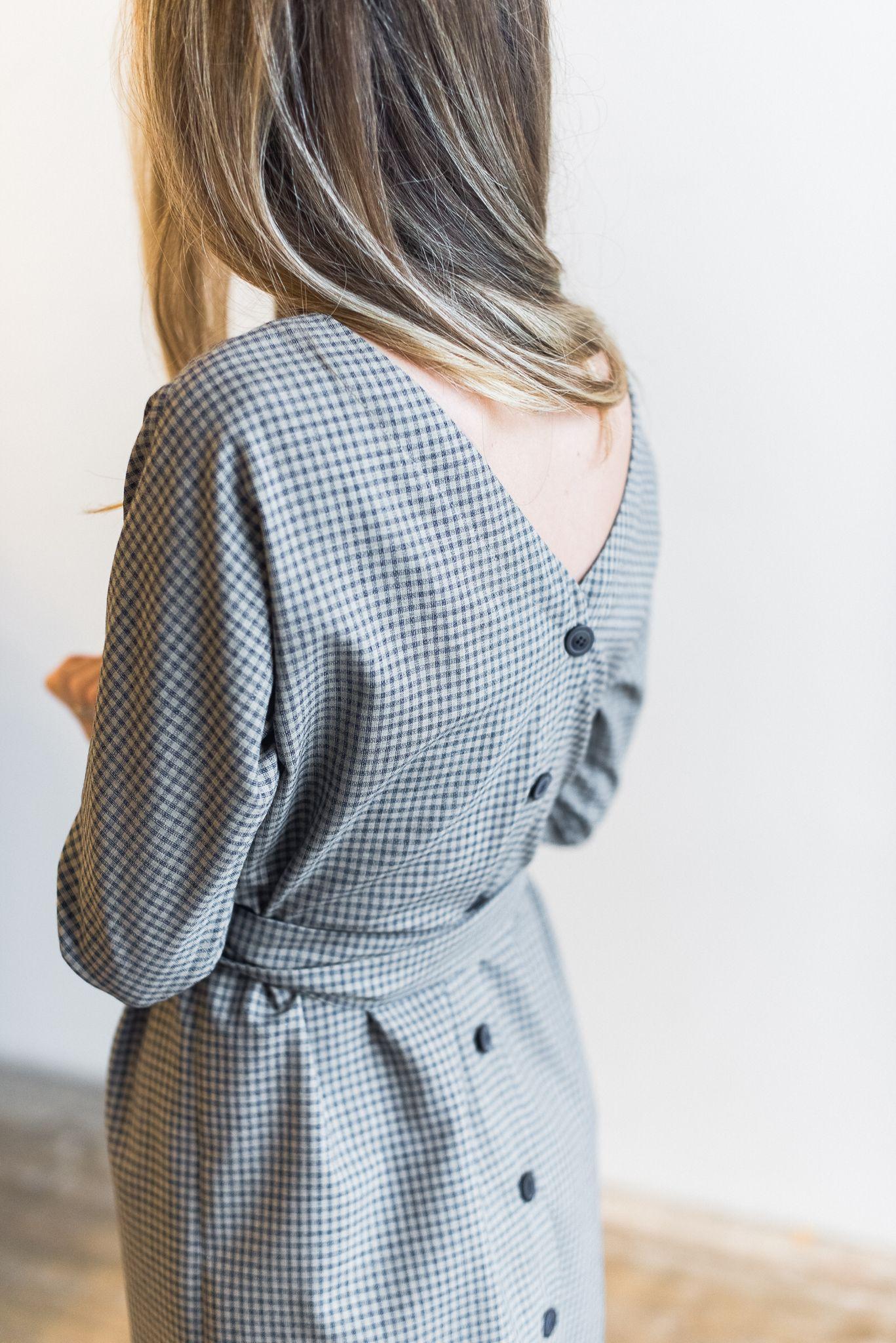 Сшить платье на пуговицах на спине