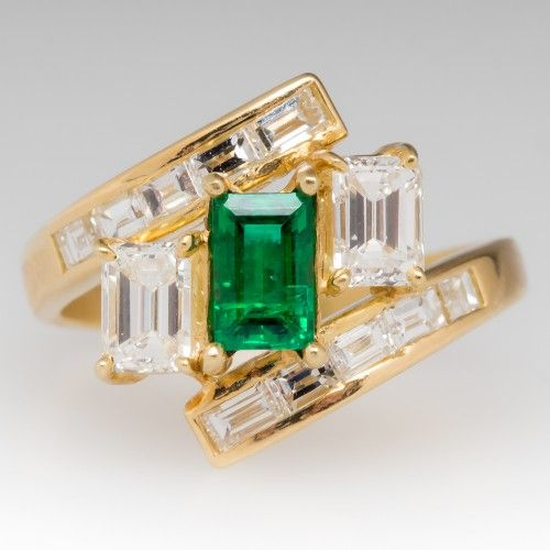 ring diamond estate and emerald halo jewelry vintage carat