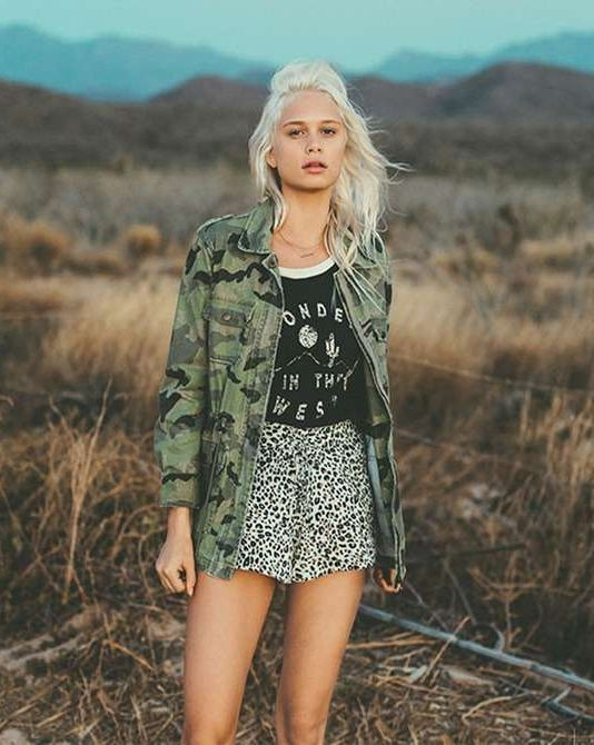 2921907cb8d07 BILLABONG JACKETS CANT SEE ME CAMO JACKET || You will do everything but  blend in in the 'Can't See Me' vintage camouflage army jacket