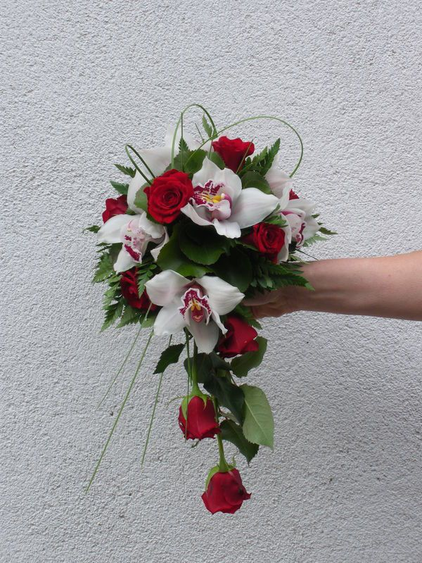 Bouquet de mari e cymbidiums bouquet pinterest - Bouquet rose rouge et blanche ...