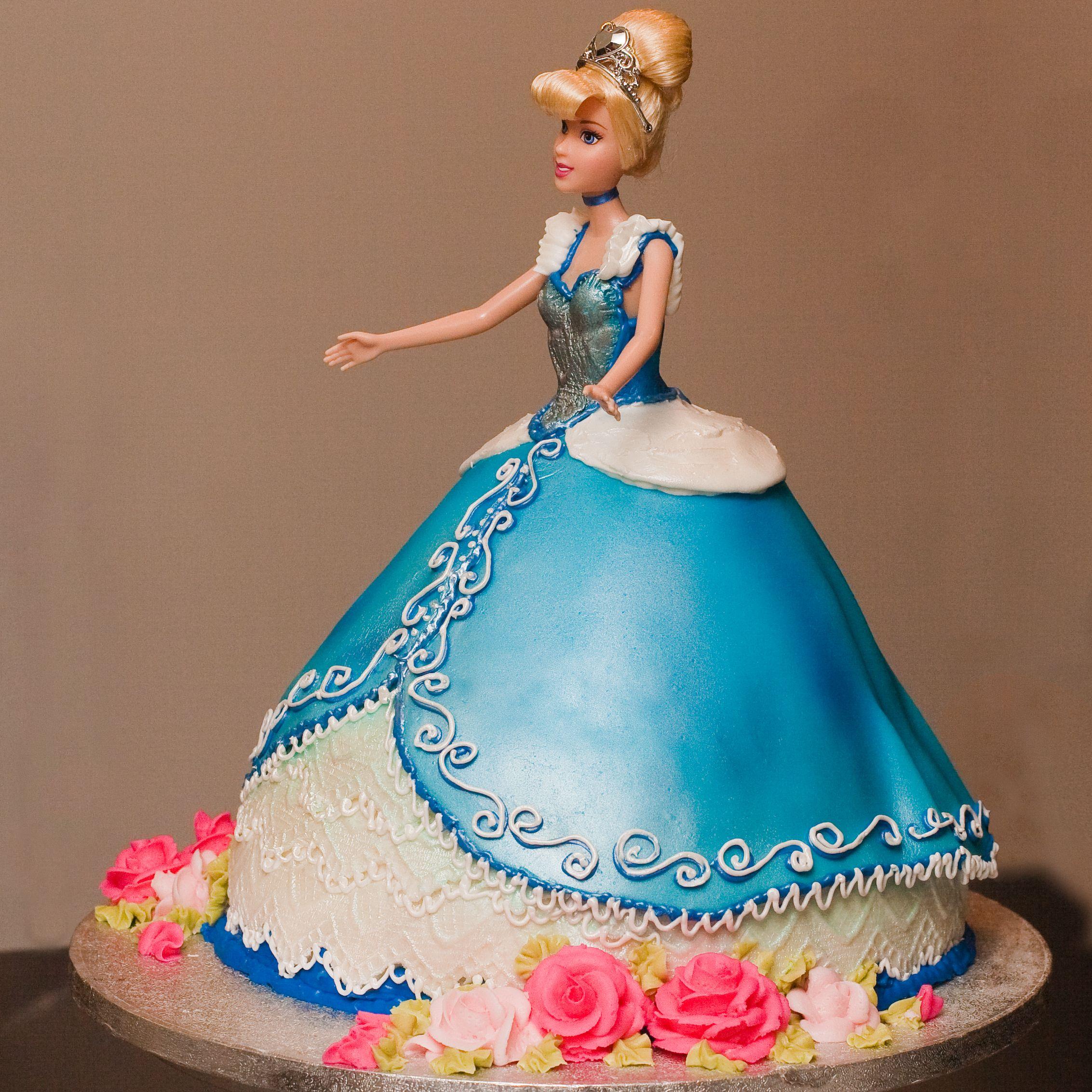 cinderella coach cakes Cinderella Cakes Decoration Ideas cakes