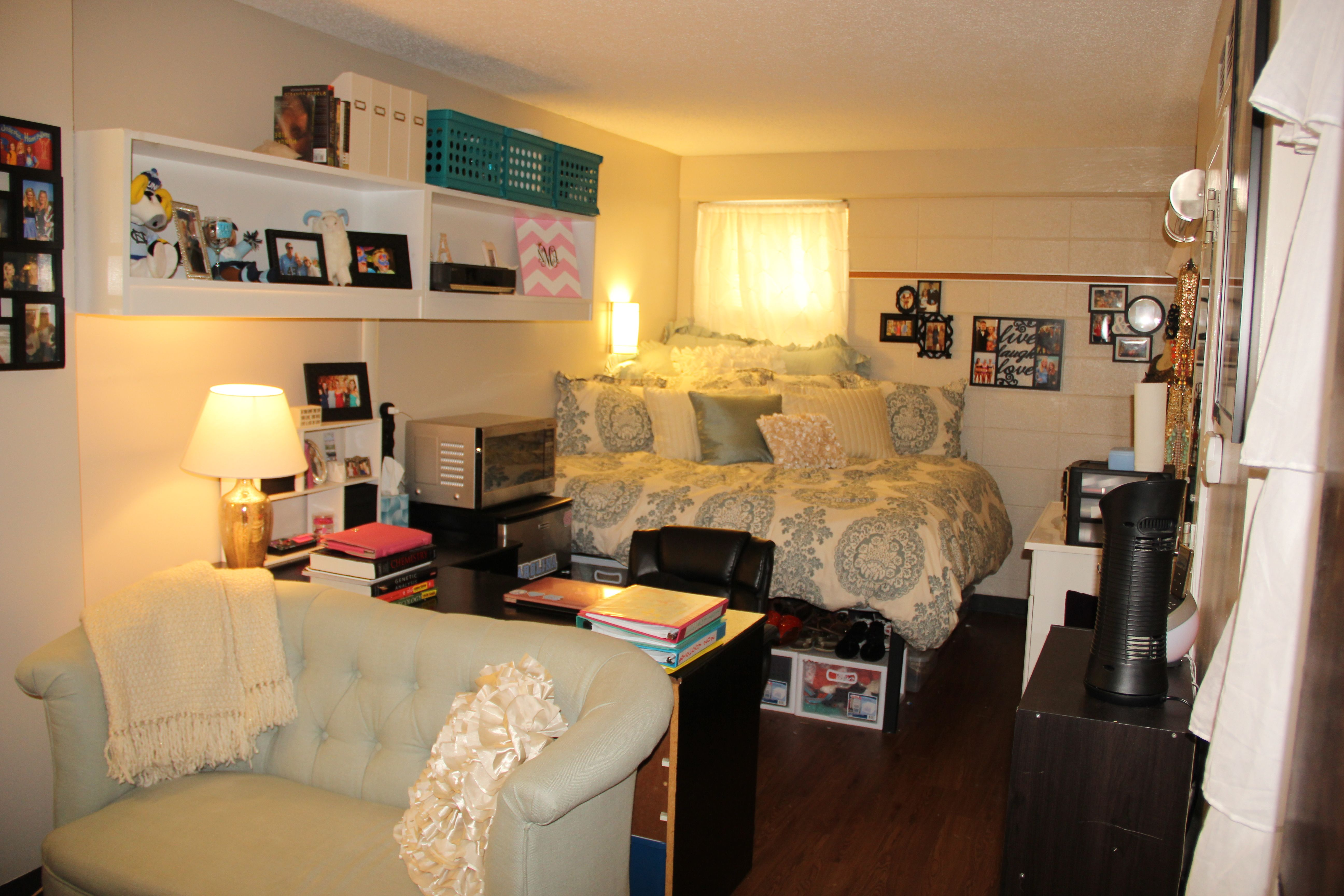 Traditional Single Room Decorated By A Resident Home Suites Room Decor Room Makeover Inspiration