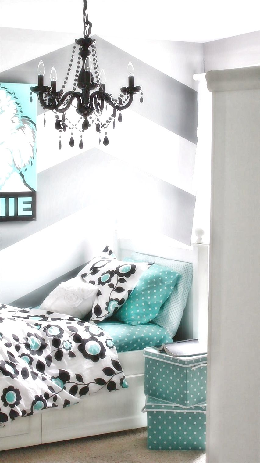 Teenage girl room design tips  good home tip is to be consistent with also rh pinterest