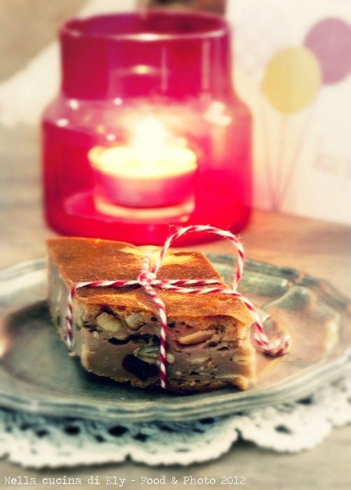 Cake of bread