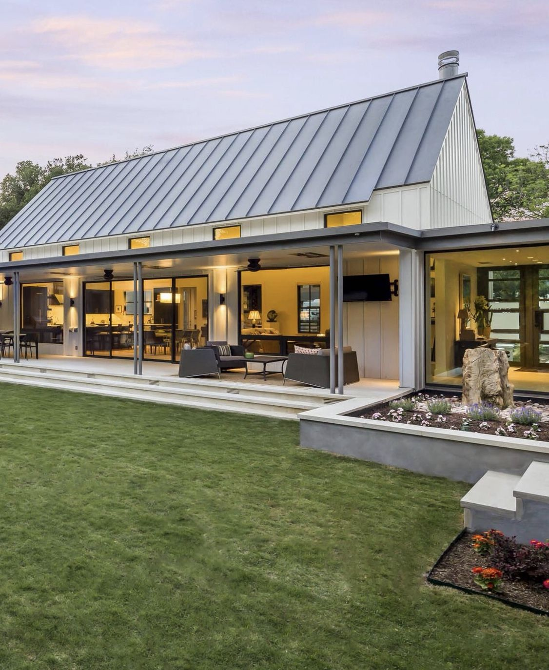 Pin By Lena On Home Exterior Barn Style House Metal Building Homes House Designs Exterior