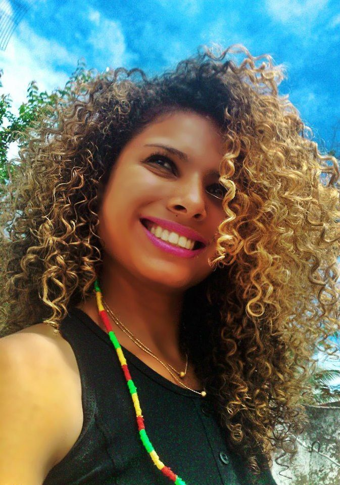 Natural hair styles, Curly hair