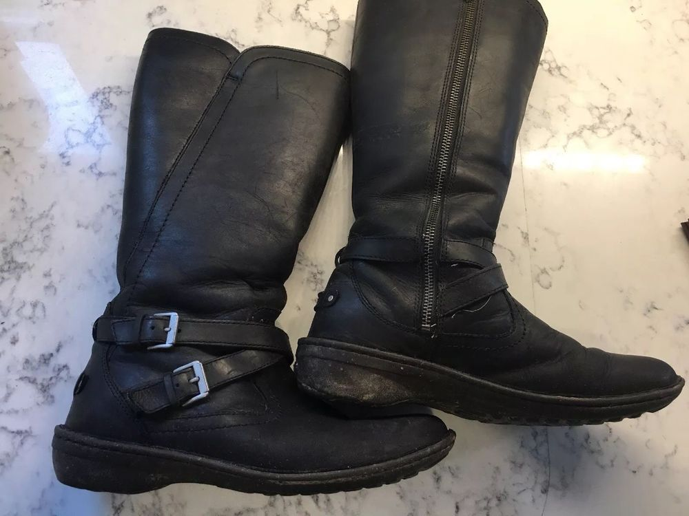 cd7d50f9520 UGG Womens Boots ROSEN 1005450 Black Leather Size 9 Fleece Lined ...