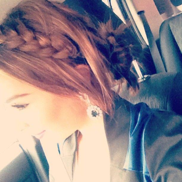 "6,191 aprecieri, 70 comentarii - A N T O I N E T T E  M A R I E (@sydneyfashionblogger) pe Instagram: ""Thursday morning hair"""