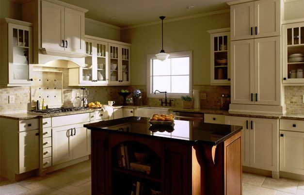 Shaker painted cream kitchen cabinets dark island for Shaker cream kitchen ideas