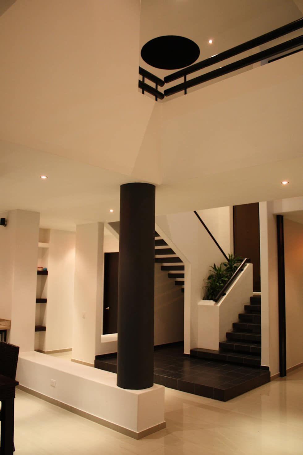 Casas de estilo de camilo pulido arquitectos escalera - Decoraciones de casas modernas ...