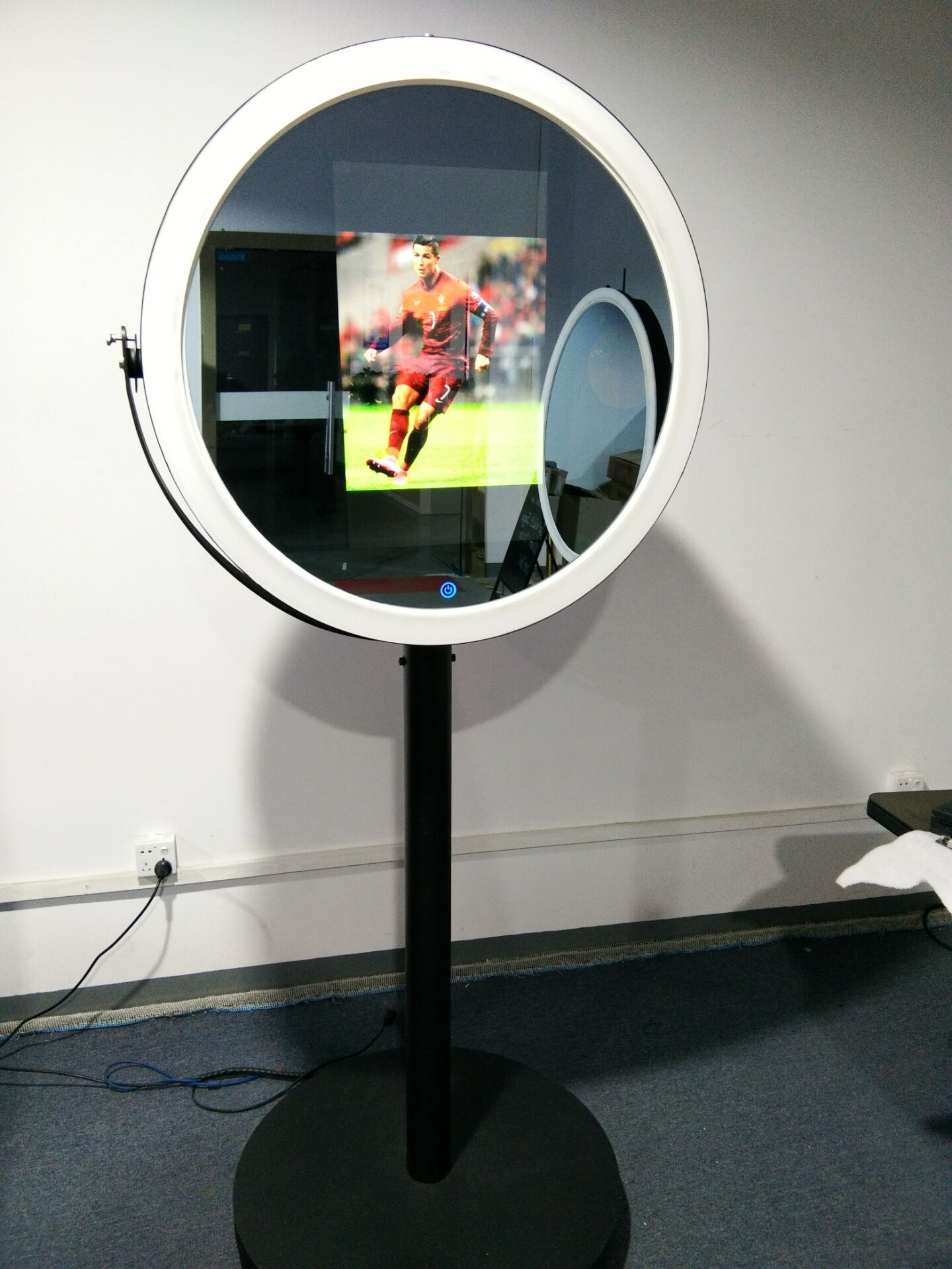how to take a picture of a mirror for sale