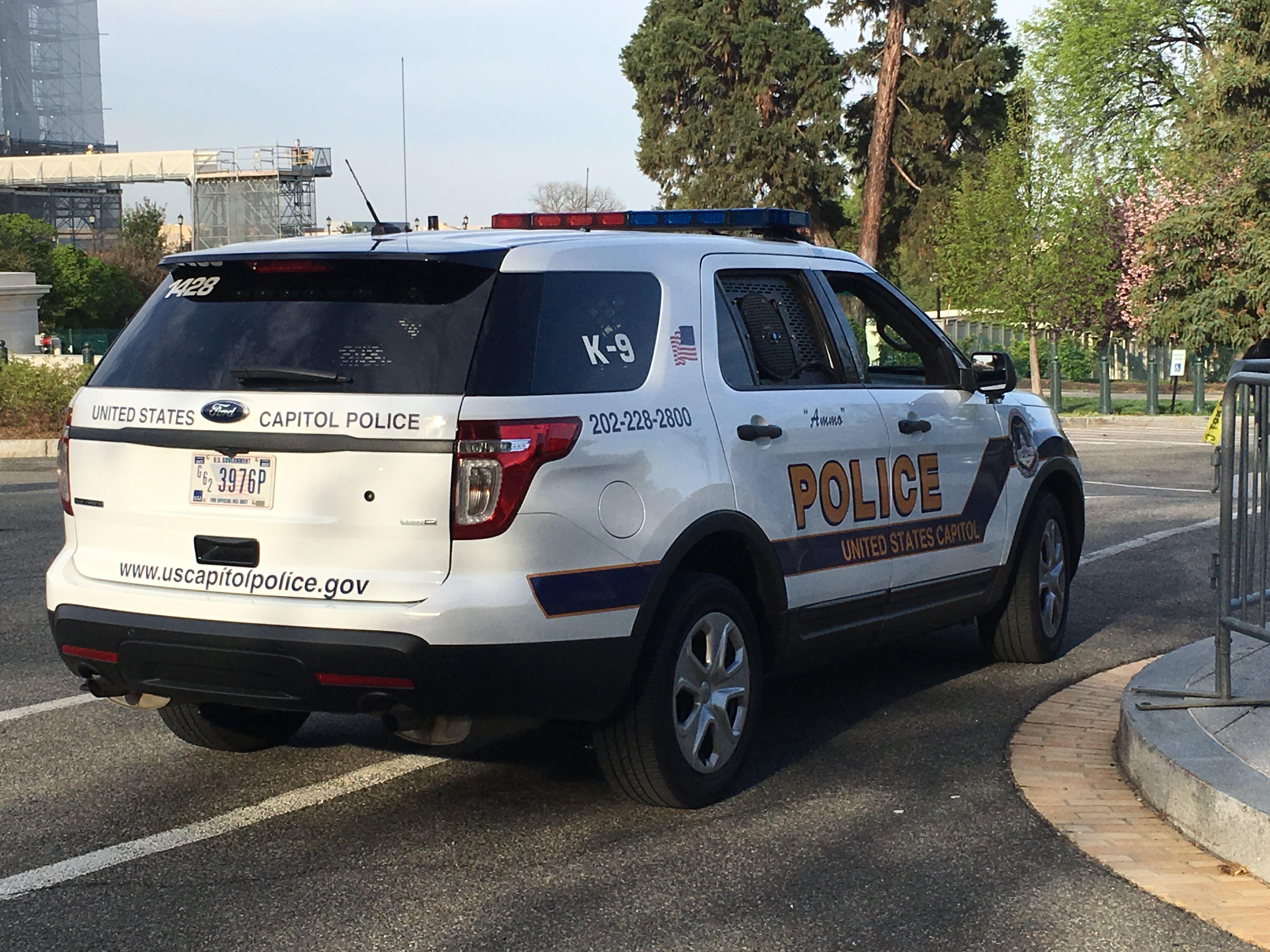 Capitol Police Ford Interceptor Suv Dc Police Truck Police Cars Police