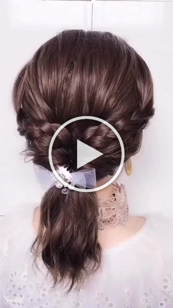 A super easy hairstyle tutorial worth giving a try!