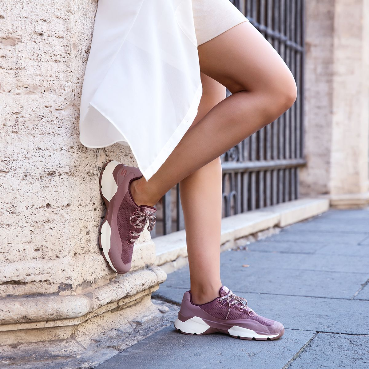 SKECHERS Roaming around #Rome in #Skechers </p>                                 <!--bof Product URL -->                                                                 <!--eof Product URL -->                                 <!--bof Quantity Discounts table -->                                                                 <!--eof Quantity Discounts table -->                             </div>                         </div>                                             </div>                 </div> <!--eof Product_info left wrapper -->             </div>         </div>     </section>      <section class=