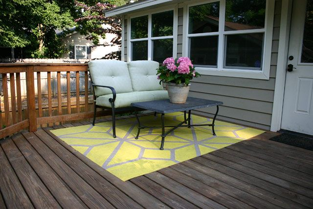 How To Paint An Outdoor Area Rug With