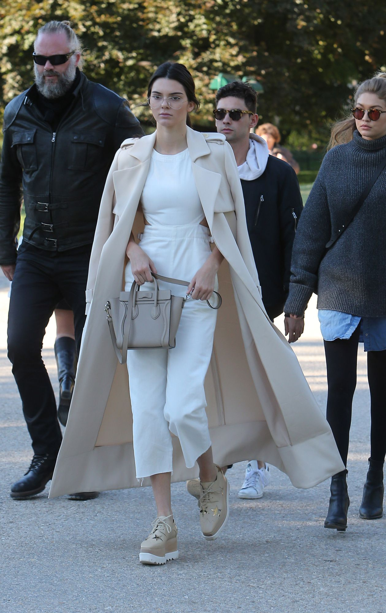 616df9a2db32 Kendall Jenner Adds a Chunky Sole to Her Off-Duty Style