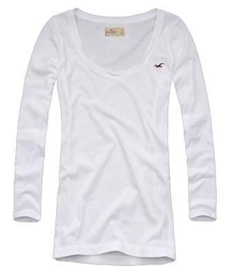 Camiseta Hollister manga 3 4 com águia bordada no peito. Gola canoa. Tecido  com elastano. Produto original. Encontre em  www.figoverde.com.br 221c360d48659