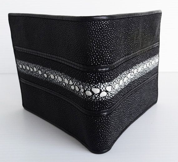 100% Genuine Stingray Leather Men's Wallet BLACK with White Stripe. Made in Thailand
