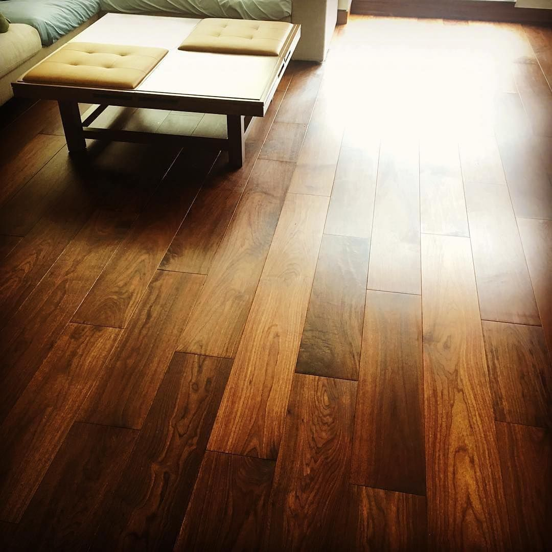 A Beautiful Engineeredwood American Walnut By Launstein Wood