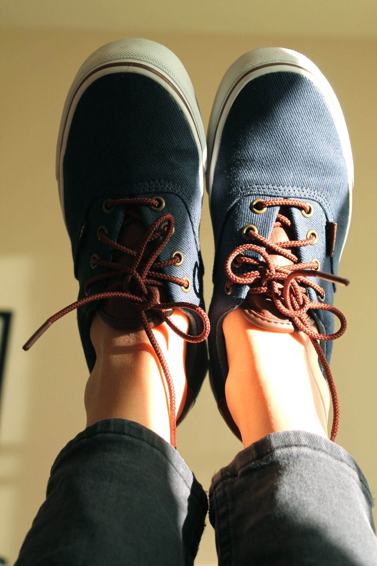 f0e25175 leather and navy canvas vans. | Pies!:: | Zapatos sandalias, Zapatos ...
