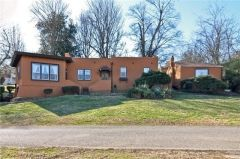 """East Nashville """"Little Hollywood"""" home the former abode of Alabama band member, and featured in this month's newsletter."""