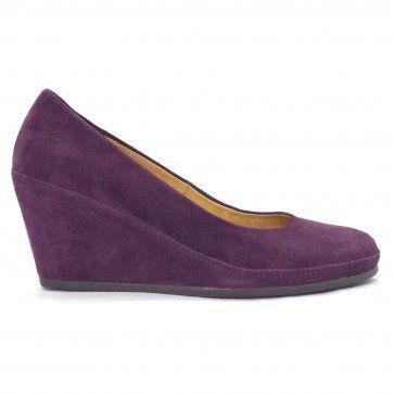 b3d3cfd5a80f5 Teller Womens Wedge Shoe in Purple Suede | Heels/shoes!! in 2019 ...