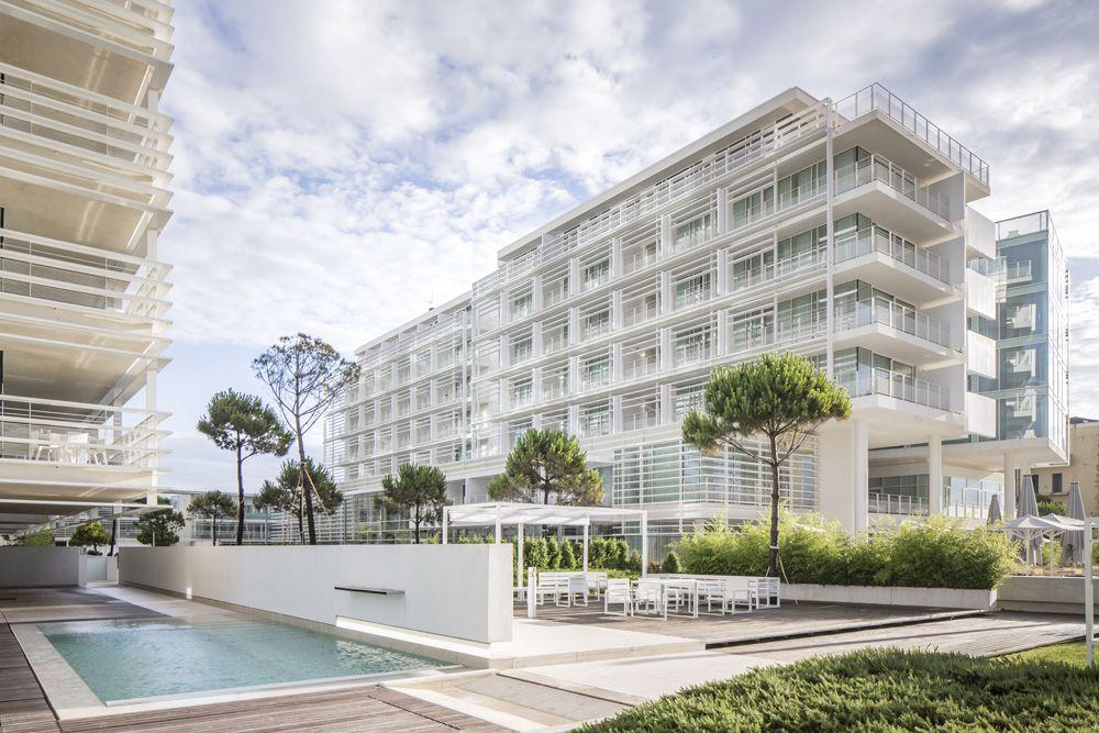 Jesolo lido hotel richard meier partners architects for Casa moderna jesolo