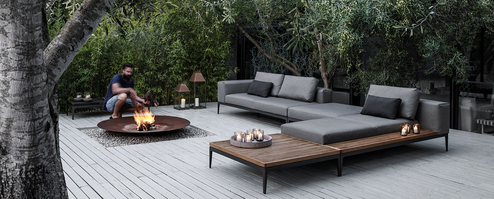 Fire Pit And Sofas Modern Outdoor Furniture Luxury Outdoor Furniture Backyard Patio Modern outdoor fire pit set