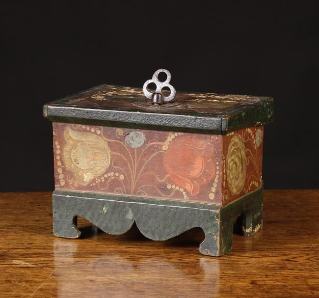 Auction Items Wilkinson S Auctioneerswilkinson S Auctioneers Box Art Painted Boxes Art Decor