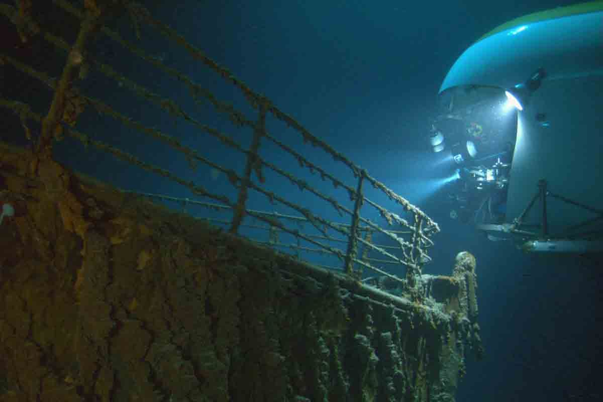 real underwater titanic pictures. Delighful Underwater Real Underwater Titanic Pictures Pictures T Intended Real Underwater Titanic Pictures