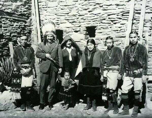 1921 Einstein et indiens Hopi