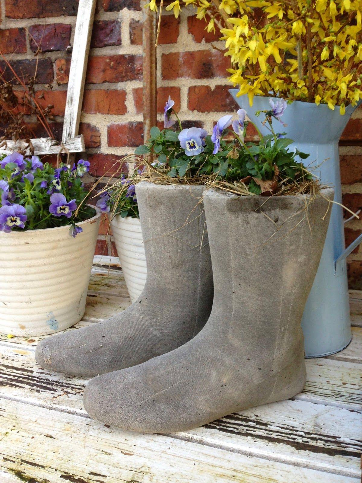 Fru Pedersens have: Beton gummistøvler, sådan gør jeg.