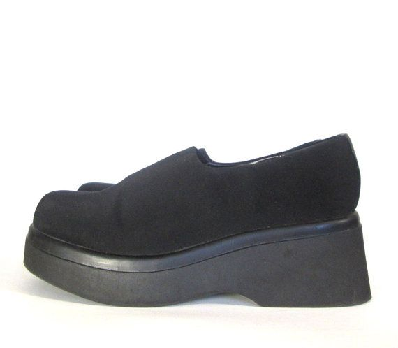 Neoprene Stretch MEGA Platform Steve Madden Slip Ons size US 8.5, 90s  Grunge, Minimal 90s, Spandex Shoes