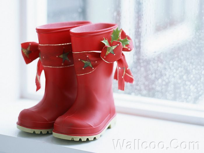 Christmas Still Life - Sweet Christmas Objects  - Photo: Chrismas Red Rubber Boot, Christmas Concept photography 5